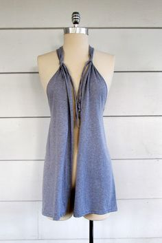 WobiSobi: Grey, No Sew Vest, DIY