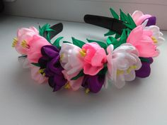 Wreath (band) for hair of crocuses.