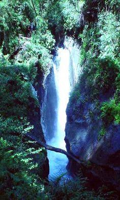 Cascada el encanto y rio filobobos en Tlapacoyan, Veracruz.