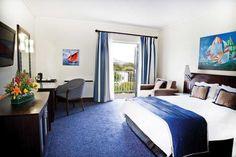 Bedroom Commodore Hotel Cape Town