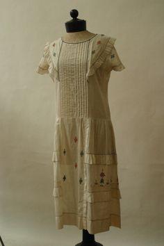 True Vintage 1920's Day Dress Ivory Ruffle Flora Embroidery Super Fine Cotton 10 | eBay