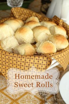 Homemade Sweet Dinner Rolls Homemade Dinner Rolls these are the best! The post Homemade Sweet Dinner Rolls appeared first on Rolls Diy. Sweet Dinner Rolls, Homemade Dinner Rolls, Dinner Rolls Recipe, Roll Recipe, Homemade Breads, Sweet Yeast Rolls Recipe, Bread Machine Recipes, Bread Machine Rolls, Bread Recipes