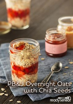 PB J Overnight Oats Overnight oats with chia seeds and the delicious taste of peanut butter and strawberry jam will take you back to your childhood Click the image for more info. Quick And Easy Breakfast, Breakfast For Dinner, Breakfast Recipes, Clean Breakfast, Brunch Recipes, Breakfast Ideas, Yummy Recipes, Recipies, Fresco