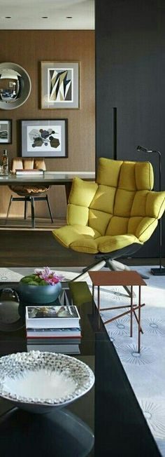 Post Modern, Mid-century Modern, Yellow Home Decor, Modern Colors, Postmodernism, Pink And Green, New Homes, Mid Century, Scene