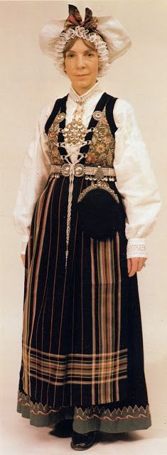 Hello all, this is part three of my overview of Norway, even if I published them out of order. This will cover the west of Norway. Folk Costume, Costumes, Bridal Crown, Traditional Dresses, Formal Wear, Norway, Embroidery, How To Wear, Clothes