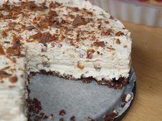 Finnish Recipes, Sweet Desserts, Yummy Cakes, Vanilla Cake, Tiramisu, Baking Recipes, Sweet Tooth, Cheesecake, Goodies