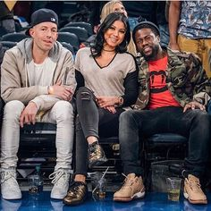 Kevin Hart wearing Saint Laurent Tees and Nike Sneakers Kevin Hart, Star Shoes, Instagram And Snapchat, Shop Now, Saint Laurent, Sneakers Nike, Hipster, Hollywood, Celebrities