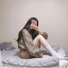 시크한 스타일의 데일리룩 패션스타일 사진 모음 Kfashion Ulzzang, Ulzzang Girl, Korean Fashion Trends, Korea Fashion, Cute Fashion, Girl Fashion, Womens Fashion, Cute Korean Girl, Asian Girl