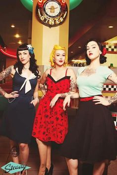 Rockabilly girls pin up