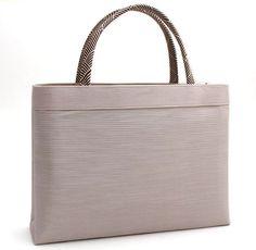 【和装バッグ】A4a4手提げバッグ「日本製」衿秀謹製和装用着物バッグ正絹トートバッグサブバッグシルクガード付き正絹組紐灰桜色