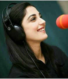 Beautiful pakistani Actress Maya Ali