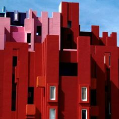 La Muralla Roja - Ricardo Bofill 1970