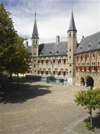 Rondleidingen abdijcomplex Middelburg  4 juni t/m 26 september 2013, elke dinsdag en donderdag vanaf 11.15 tot 12.45 uur. (behalve op 20 en 27 augustus en 3 september).