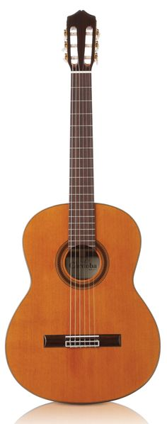 C7 - Cordoba Guitars, my new best friend.