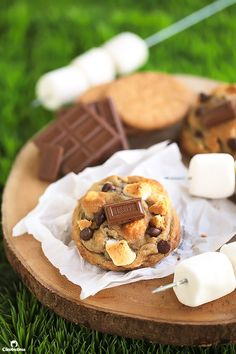 With a dough made from graham cracker crumbs, milk chocolate chips, mini marshmallows and a square of Hershey's chocolate bar on top…these soft, chewy, gooey cookies scream S'MORES! I've never grown up eating s'mores, nor have I even been to camp to experience the ritual of making them. So nope…not a speck of nostalgia do...Read More »