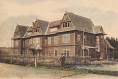 150 – lecie istnienia Uzdrowiska Rabka. Na zdjęciu budynek kolonii pod wezwaniem św. Józefa w ostatnim etapie budowy, 1903 rok.