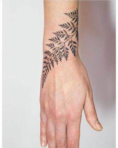 #Tattoo by @mowgli_artist  #⃣#Equilattera #tattoos #tat #tatuaje #tattooed #tattooart #tattoodesign #miamitattoo #miami #mia #florida #miamibeach #wynwood #love #beautiful #cool #plants #painting #black #drawing #nature #dotwork #linework #plant #ink #art #design #illustration