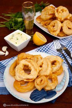 inele-de-calamar-in-aluat-de-bere Onion Rings, Cooking, Ethnic Recipes, Food, Calamari, Seafood, Baking Center, Koken, Meals