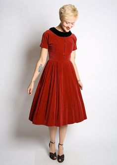 1950s Dress // vintage 50s velvet dress // Warm by dethrosevintage, $122.00