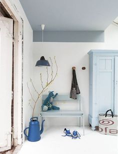 Want to liven up your walls? We've rounded up some more fun and unusual colour blocking ideas. These will definitely inspire you to get painting.