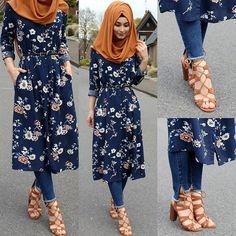Likes, 70 Comments - Sümeyye Coktan 💍 Onun Yari 💕 ( - Paranex Abaya Fashion, Modest Fashion, Fashion Dresses, Fashion Muslimah, Muslim Women Fashion, Islamic Fashion, Moda Hijab, Hijab Style Tutorial, Outfit Look