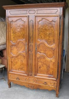 Provençal wardrobe in oak and cherry wood, fully restored. Dimensions: x Age Eclectic Living Room, French Antiques, Antique Furniture, 18th Century, Provence, Restoration, Wardrobes, Wood, Age