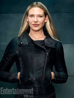 'Fringe': 7 New Character Portraits! | Photo 1/7 - #AnnaTorv as #OliviaDunham @EW