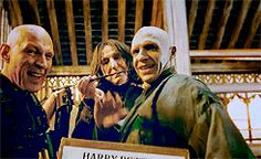 Fun on the Set of Harry Potter and the Deathly Hallows.  #gif #HarryPotter #SeverusSnape #Snape #Voldemort #AlanRickman #RalphFinnes #outtakes #funny