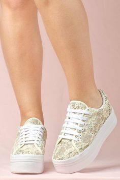 ae36f44a11c5 JEFFREY CAMPBELL SNEAKERS - ZOMG LACE CREAM GLITTE Favelas