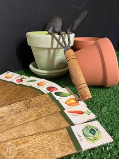 How to upcycle dollar store wooden plant label stakes into weatherproof rustic vegetable garden markers with vintage-style using DIY clear decals. Garden Labels, Plant Labels, Wooden Garden, Wooden Diy, Vegetable Garden Markers, Yard Art, Dollar Stores, Upcycle, Diy Crafts