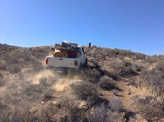 Un Ranger sencillo que tiene complejo de 4x4 Hahahaha que le entra donde nadie pasa excepto los venados, coyotes, liebres, pumas, etc, etc, pero otra camioneta no!!!... (2015)