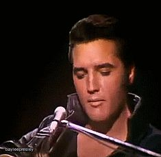 Discover & Share this Elvis Presley GIF with everyone you know. GIPHY is how you search, share, discover, and create GIFs. King Elvis Presley, Elvis Presley Videos, Elvis Presley Pictures, Elvis And Priscilla, Priscilla Presley, Lisa Marie Presley, Rock N Roll Music, Rock And Roll, Mississippi