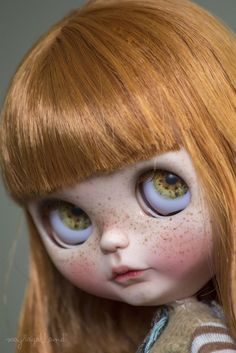 This sweet girl is staying in the US, with a beautiful family of gorgeous dollies and the sweetest dolly momma ever, in Washington state. The base doll is a Les Jeunette and all 4 of her eye chips were made by Nora Holá. Hope you like her!