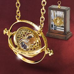 Super tattoo harry potter time turner awesome ideas - Super tattoo harry potter time turner awesome ideas Source by Colar Do Harry Potter, Harry Potter Schmuck, Bijoux Harry Potter, Objet Harry Potter, Harry Potter Gifts, Harry Potter Love, Harry Potter World, Harry Potter Necklace, Harry Potter Accesorios
