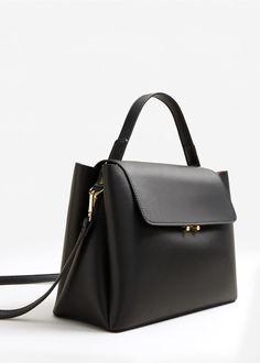 Flap tote bag - Women in 2019 Fashion Handbags, Tote Handbags, Purses And Handbags, Fashion Bags, Leather Handbags, Mango Handbags, Streetstyle Blogger, Bag Women, Women's Handbags