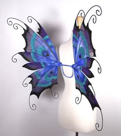Fairy wings - Peacock - Amazing for fairy costume, Halloween costume, wedding… Fairy Halloween Costumes, Halloween 2017, Fairy Wings, Angel Wings, Green Fairy Absinthe, Fairy Photography, Peacock Pattern, Fairy Clothes, Blue Fairy