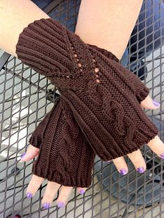 Ravelry: Grand Right & Left pattern by Paula McKeever - Knitting 2019 - 2020 Knitted Mittens Pattern, Fingerless Gloves Crochet Pattern, Fingerless Gloves Knitted, Knit Mittens, Knitting Socks, Crochet Coat, Kids Crochet, Knitting Machine Patterns, Knitting Accessories