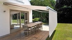 31 Best Ideas For Pergola Shade Sail Retractable Awning Retractable Awning, Pergola Shade Diy, Shade Sail, Garden Canopy, Shade House, Patio Blinds, Roof Design