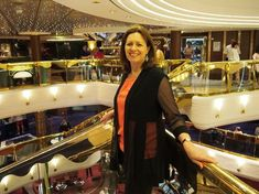 My 6 top tips for what to wear and look great on your Mediterranean cruise based on my MSC Mediterranean cruise and tips from my blogging friends