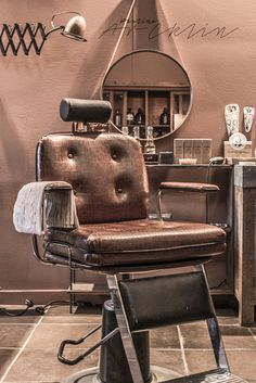 victory barber and brand in victoria bc get a traditional shave and new do. Black Bedroom Furniture Sets. Home Design Ideas