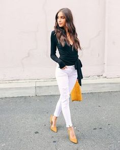 Trendy moda primavera 2019 oficina ideas fashion in 2019 мода, тенденции, м Work Fashion, Fashion Outfits, Womens Fashion, Fashion Trends, Business Casual Outfits, Office Outfits, Yellow Shoes Outfit, White Jeans Outfit Summer, White Pants