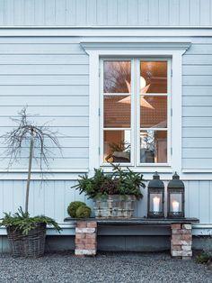 Small Courtyard Gardens, Small Courtyards, Outdoor Gardens, Cottage Garden Design, Home And Garden, Backyard Paradise, Desert Backyard, Front Door Christmas Decorations, Outdoor Living