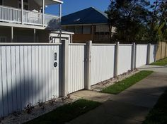 3 Good Clever Hacks: Fence And Gates aluminum fence front yard.Picket Fence Decoration fence and gates. Timber Fencing, Metal Fence, Wood Fences, Fence Stain, Brick Fence, Concrete Fence, Bamboo Fence, Front Yard Fence, Fenced In Yard