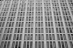 Low-angle Photo of White Concrete High-rise Building · Free Stock Photo Futuristic Architecture, School Architecture, Architecture Design, California Architecture, Congo, Southern Living Homes, White Concrete, Photography Basics, Busy At Work