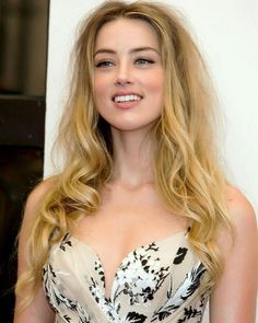 Amber heard elon musk amber heard s year long relationship is over Amber Heard Style, Amber Heard Hot, Beautiful Girl Image, Beautiful Smile, Beautiful Pictures, Beauty Full Girl, Beauty Women, Amber Head, Looks Pinterest