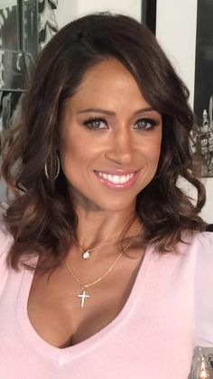 ♥♥♥ Stacey Dash ♥♥♥ Very Beautiful Woman, Beautiful Smile, Flight Attendant Hot, Barely There Makeup, Stacey Dash, Bombshell Beauty, Black Actresses, Black Celebrities, Celebrity Beauty