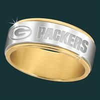 Green Bay Packers Spinner Ring - The Danbury Mint. I would just like to say mine, mine, mine. OK maybe not right now some day.