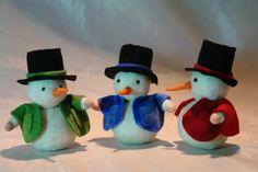 Jahreszeitentisch - Schneemann - ein Designerstück von Katjas-Puppenstuebchen bei DaWanda