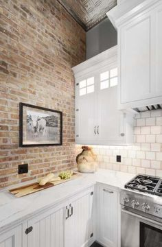 Brick wall exposed white kitchen home ideas/dream home маленькая кухня, . Brick Tiles Kitchen, Exposed Brick Kitchen, Accent Wall In Kitchen, Brick In The Kitchen, Brick Tile Wall, Brick Tile Backsplash, Exposed Brick Walls, White Brick Wallpaper Kitchen, Kitchens With Brick Walls