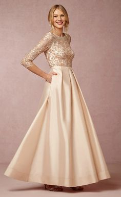Pure elegance! A beautiful mother-of-the-bride ballgown!
